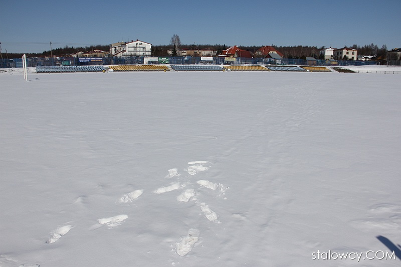 Stadion Stali Poniatowa - stan na 23 marca 2013